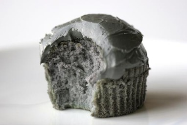 Grey_cake_2