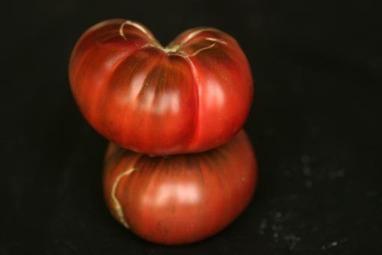 20070919_whole_tomato001
